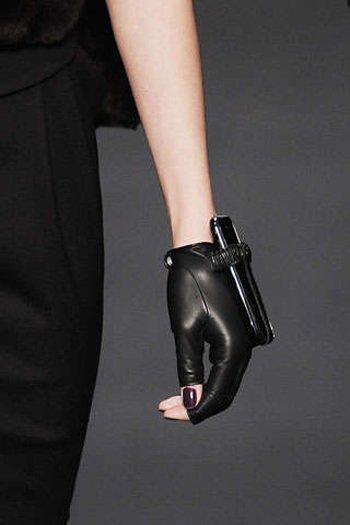 Модный мобильный аксессуар