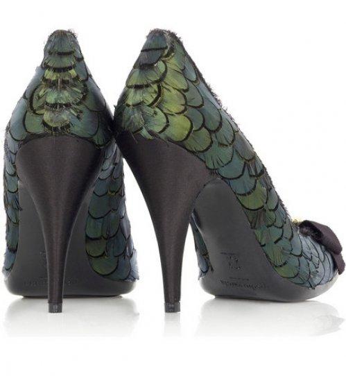 Туфли из павлиньих перьев
