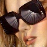 Солнцезащитные очки от Victoria Beckham