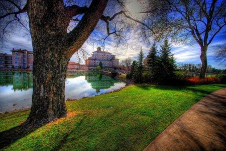 Город Бродмур, США. (Фото Chris Coleman)